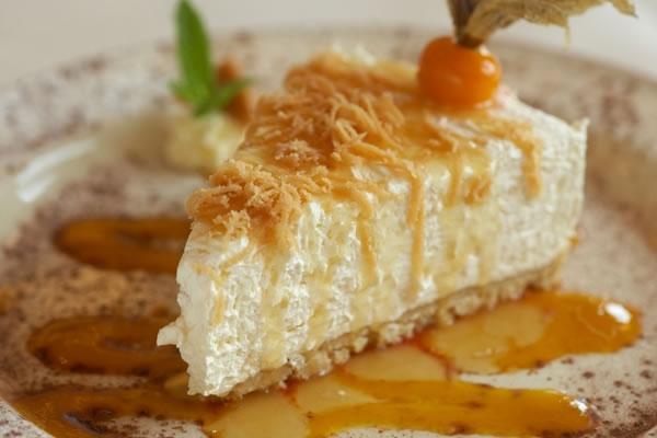Iti plac deserturile? Iata cateva localuri din Chisinau unde poti savura o felie de cheesecake delicios  - FOTO