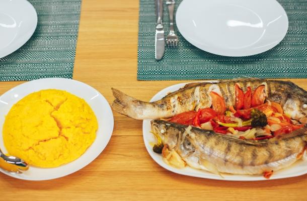 Salau cu legume la cuptor! Iata reteta delicioasa pregetita de Igor Cuciuc, pas cu pas - FOTO