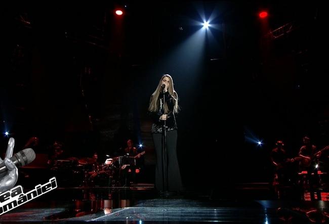 """Ana Munteanu are toate sansele sa castige trofeul """"Vocea Romaniei""""! Iata cat de impresionanta a fost prestatia interpretei din semifinala concursului - VIDEO"""