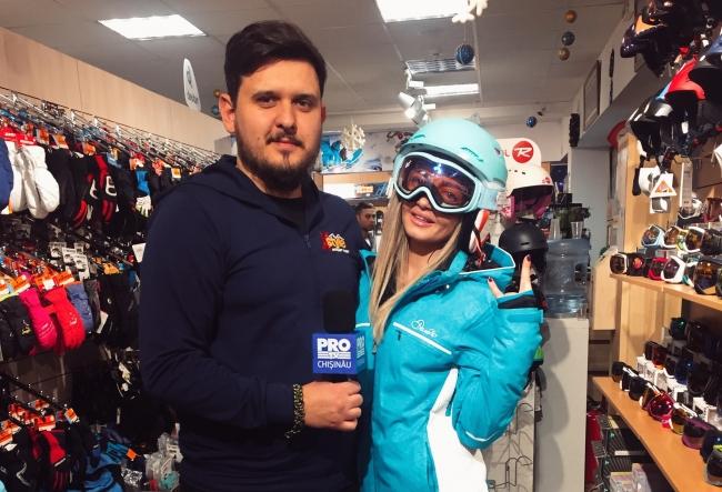 A inceput sezonul skiatului! Si tu te pregatesti de munte? Cristina Mihalachi iti prezinta cele mai tari echipamente, ea deja si-a gasit unul foarte fain - VIDEO