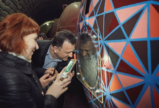 In Moldova gasim o pusculita magica, unica in lume! Vezi unde se afla aceasta comoara - VIDEO