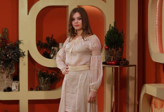 In acest an, tanara interpreta Nicoleta Cotorobai si-a facut un cadou special de ziua ei. Vezi despre ce este vorba - VIDEO