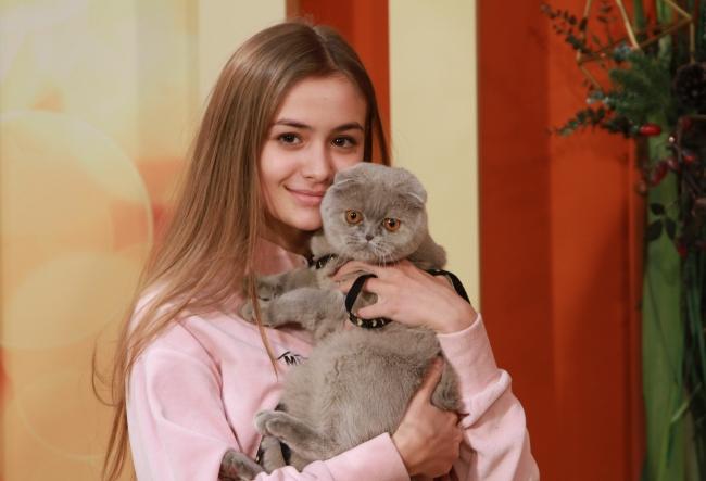 """Iuliana Beregoi, despre serialul """"Lara"""": """"Ma bucur foarte mult ca alaturi de noi a ajuns sa se filmeze si o celebritate din Romania."""" Afla despre ce vedeta este vorba - VIDEO"""