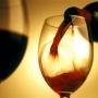 Studiu: Doua pahare de vin sau bere pe zi, sunt mai sanatoase decat sportul