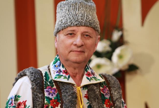 """Maestrul Nicolae Glib a povestit cum e sa fie tata, bunic, iar mai recent si strabunic: """"Ne uitam in oglinda cu sotia si nici noua nu ne vine sa credem..."""" - VIDEO"""