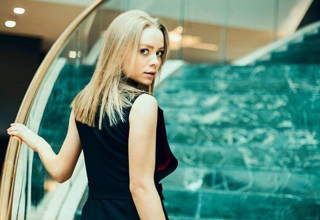 Alexandra Livitchi prefera bijuteriile minimaliste, insa face si mici exceptii. Cand modelul ar accepta sa poarte ceea ce nu ii place - VIDEO